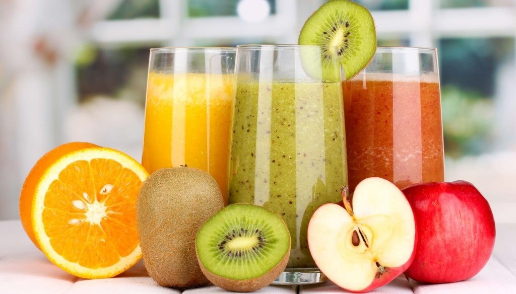 A Buyer's Guide in Selecting the Best Juicer Blenders featured photo