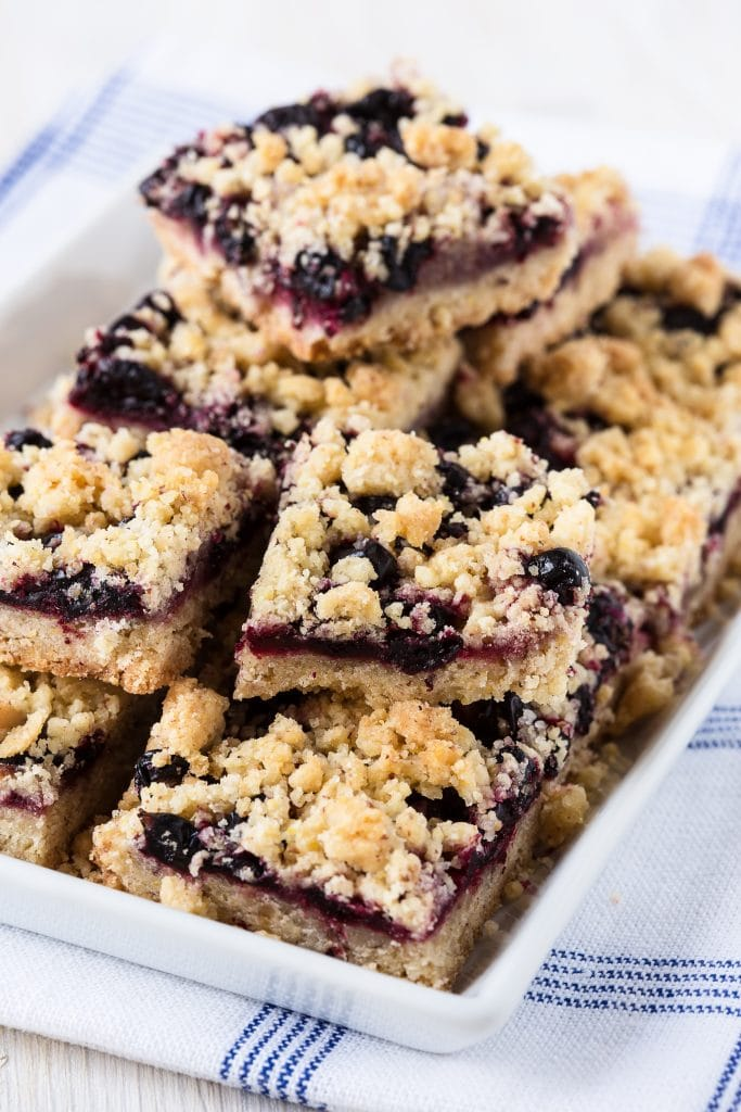 Blueberry crumble bars with streusel topping