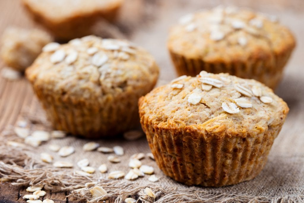 Oatmeal muffins with honey
