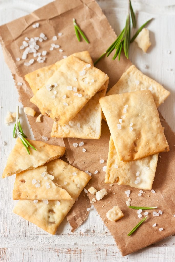 Crackers with sea salt and olive oil