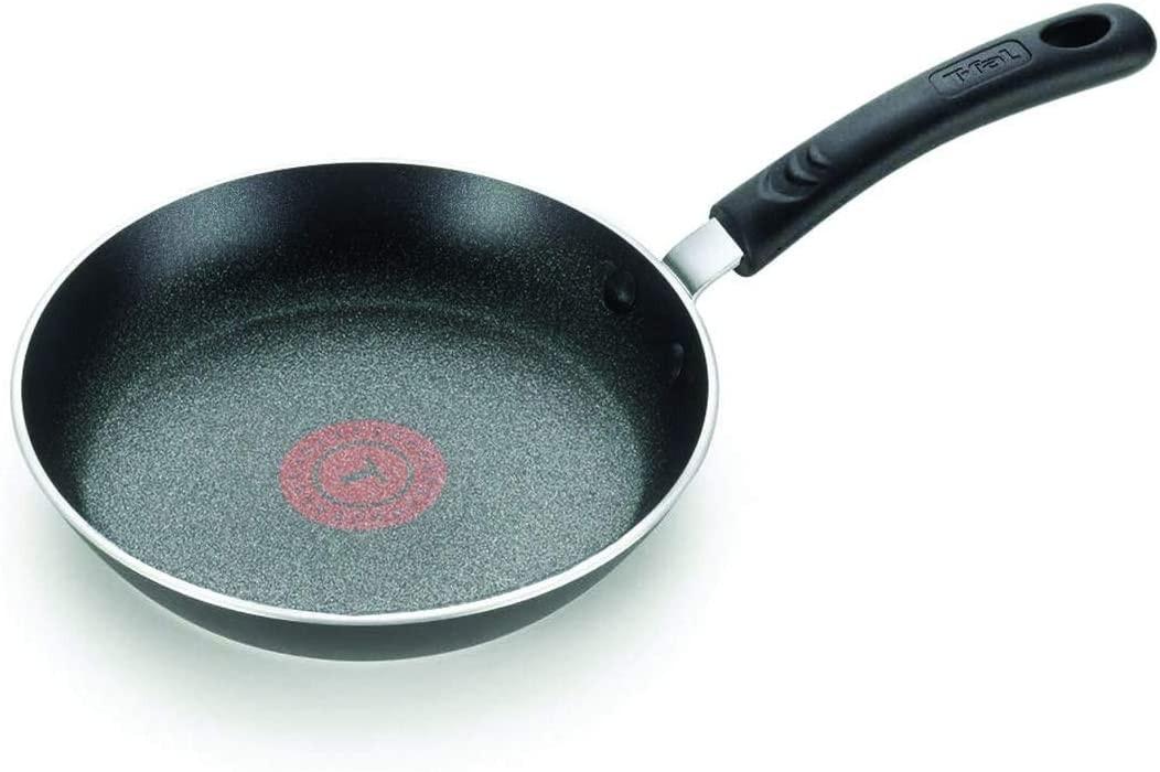 T-fal E93802 Total Nonstick Fry Pan